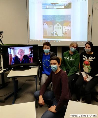 Clase virtual con los alumnos de la escuela Adam Von Trott, en Alemania